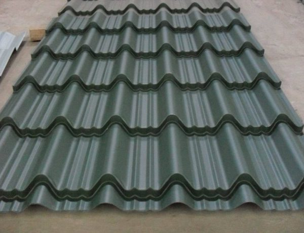 Versatile iron sheet 3 meters Charcoal Grey